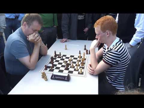 Blitz match GM Hjartarson vs IM Gretarsson, game 2