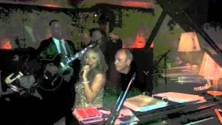Mariah Carey - An Impromptu Performance at Carlyle Jazz Club