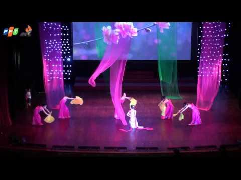 """[Chung kết Fstar - FIS]Giải khuyến khích:SBD05 Trần Thị Thu Trang, Tiết mục """"Múa lụa hoa đào"""""""