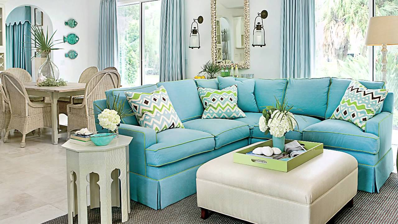 Living room seating ideas seaside design coastal for What is the best sofa for a small living room