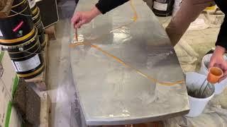 Application résine epoxy métallique sur une table basse