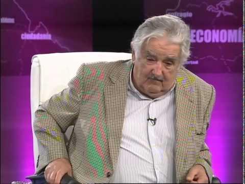 """Entrevista al presidente de la República, José """"Pepe"""" Mujica en Uruguay Decide."""