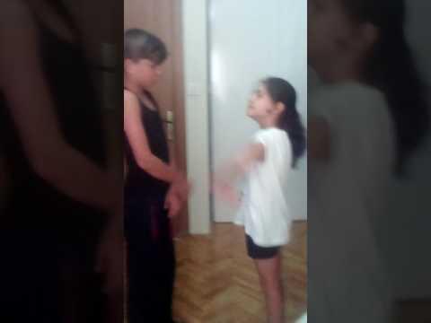 Ekmek Teknesi - Mahalle Kavgası from YouTube · Duration:  10 minutes 39 seconds