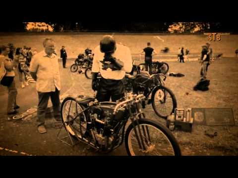 Motorcycle Racing on real Board Track with Harley Excelsior Super X Indian