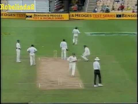 Mushtaq Ahmed ball by ball bowling spell 1995 3rd test vs Australia SCG