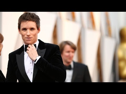 EXCLUSIVE: Eddie Redmayne Reacts to Razzie Award Win for