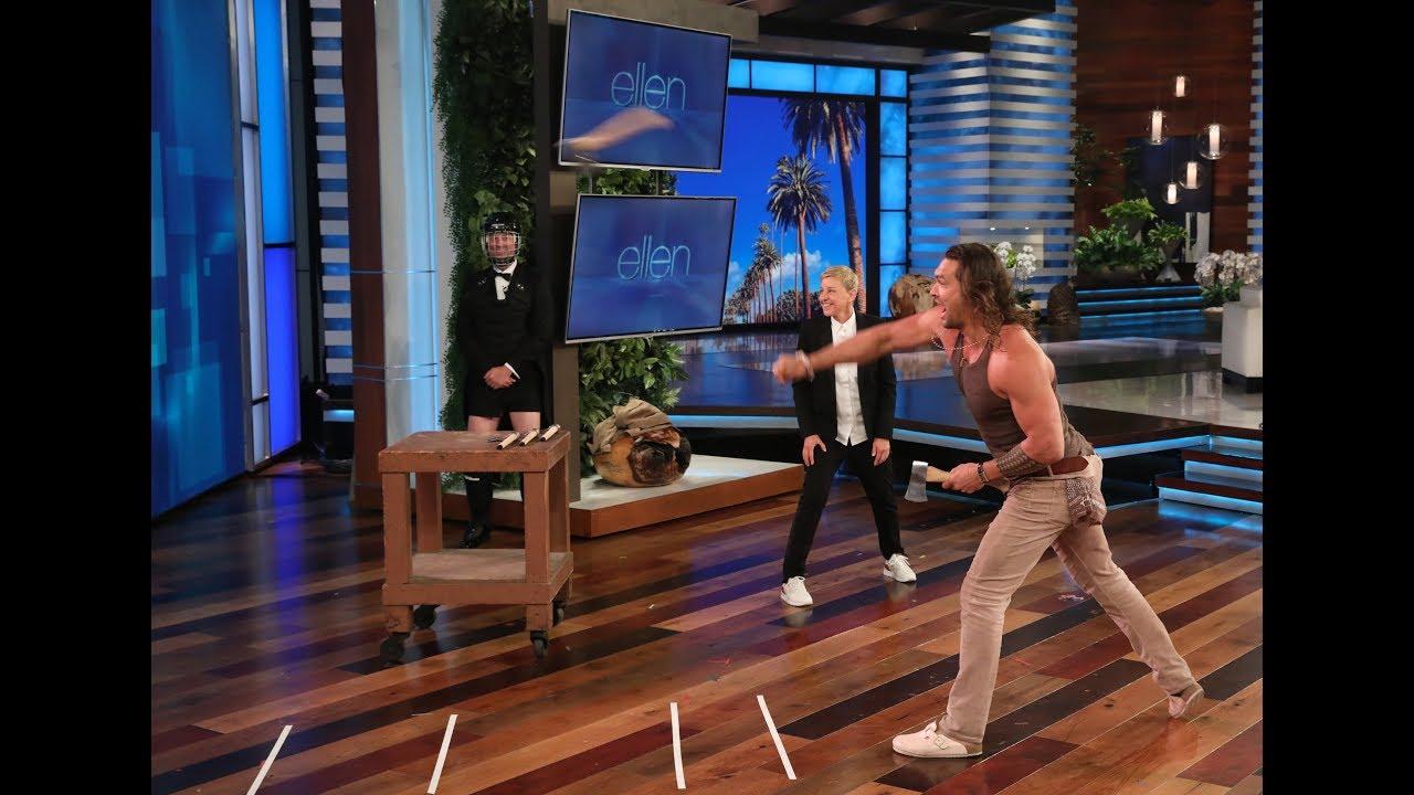 Џејсон Момоа фрла секири во шоуто на Елен Деџенерис