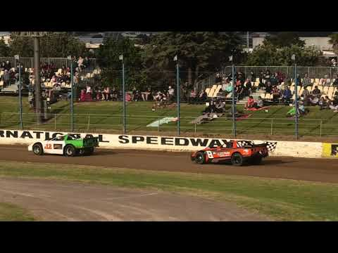 The V8 Saloon Series makes it to Waikaraka Park Speedway. - dirt track racing video image