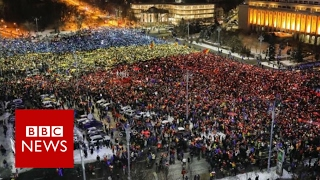 Romania's protestsers call for government to resign   BBC News