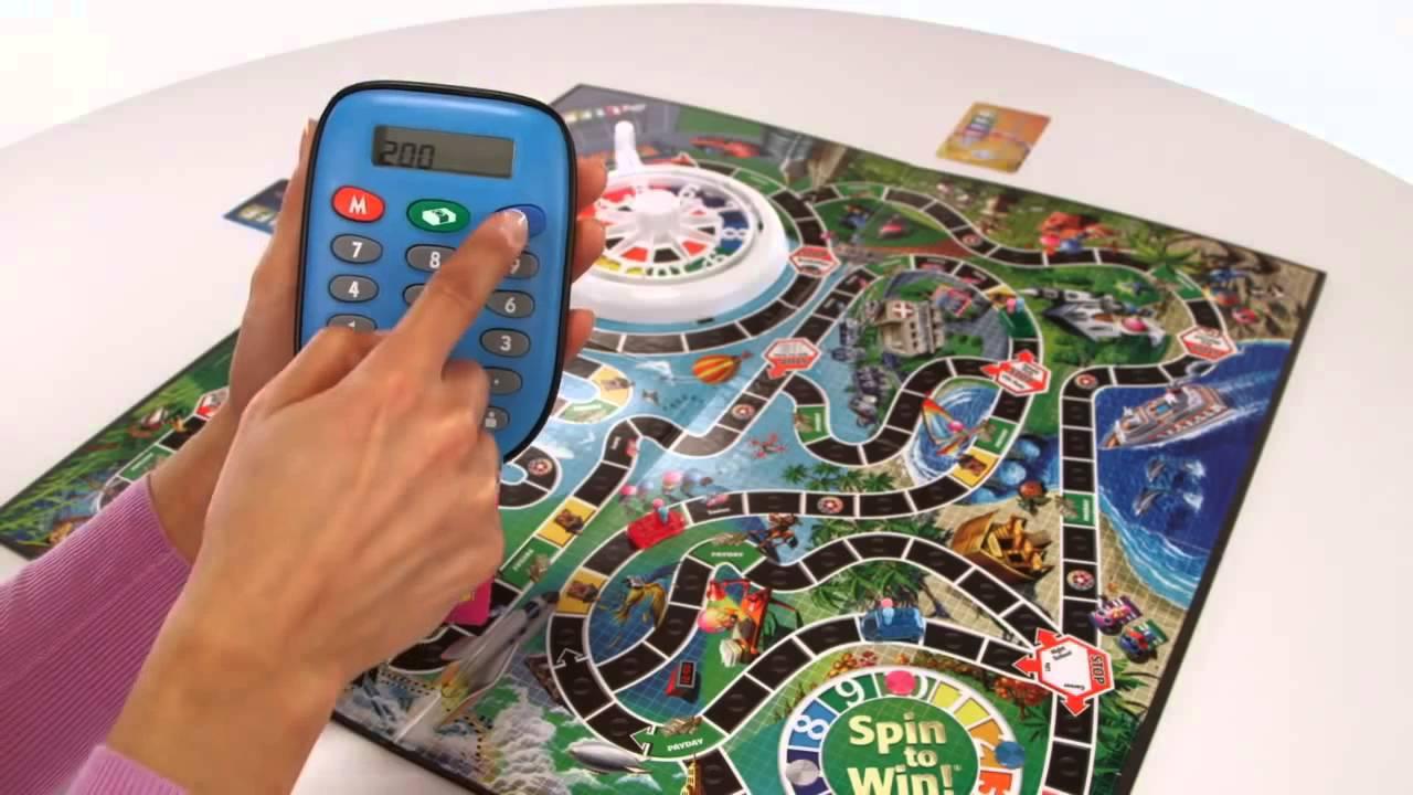 Настольная «Игра в жизнь» с банковскими картами (Hasbro) - YouTube