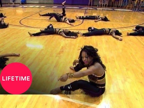 Bring It!: Stand Battle: Dancing Dolls vs. Purple Diamonds Medium Stand (S2, E17)   Lifetime