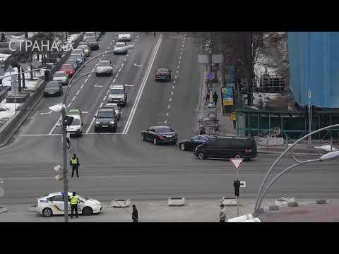 Кортеж президента Порошенко: девять авто и реанимобиль | Страна.ua
