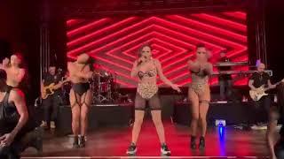 Baixar Anitta, Madonna - Faz Gostoso (live Zurich 2019) HD