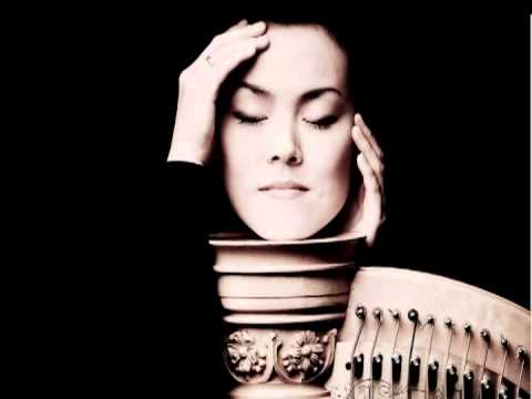 J. S. Bach: Prelude and Fuga in F minor BWV 881 (Lavinia Meijer, harp)
