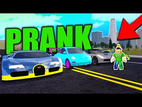 TROLLING SUPER CARs with MAXED VOLKS BEETLE in VEHICLE SIMULATOR! (Roblox)