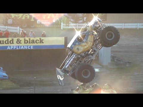 Straight Up Racing-Wheelies @ Monster Slam 16