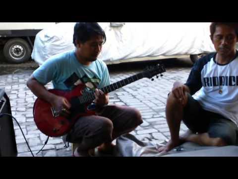 Luka Lama - Iwan Fals - Billy Tipe X, Dian Mey Sang Bango, Cus Mari Mesa Studio