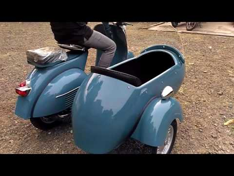 Vespa With Sidecar VBB 150 Medium Blue