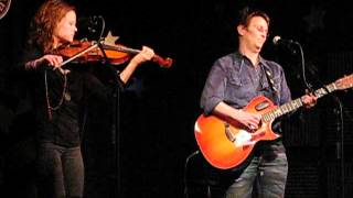 Watch Mary Gauthier Camelot Motel video