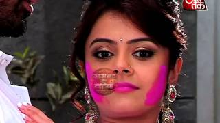 Gopi-Ahem Romantic Holi in Star Plus Show Saathiya.