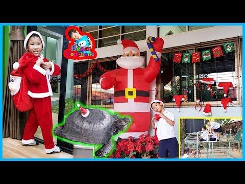 น้องบีม   แจกขนมเพื่อนๆที่โรงเรียน วันคริสต์มาส 2561