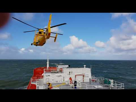 Bow Atlantic at Amsterdam, Ships pilot disembarked by helicopter