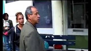 Marokkaanse vader slaat zijn dochter