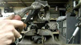 О том,как шпильку обломаную выкрутить.AVI(Специально для парней с moto.com.ua В рифму и правдиво..., 2010-02-23T15:28:05.000Z)