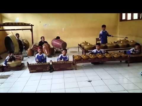 Tetalu Kreasi Sandiwara Indragiri SDN Babakanjaya2