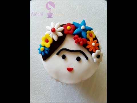 Cupcake decorating tutorial | Quick and Easy Hawaiian Princess Cupcake Topper Tutorial