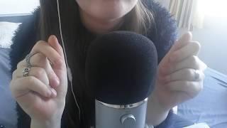 ASMR Français - Petits mots déclencheurs & Mouvement de main | tiny trigger words, hand movement
