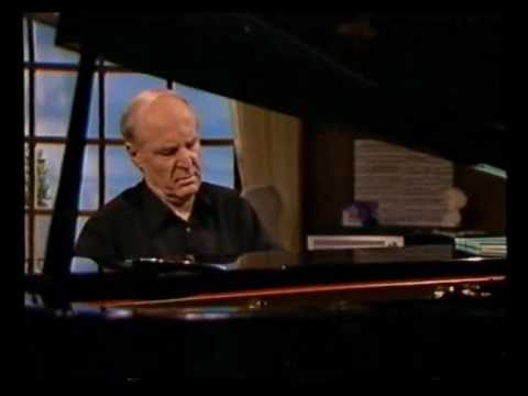 Arie Vardi plays Bach Prelude in b flat minor