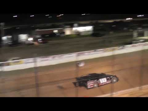 12yr old kid racing @Waycross Motor Speedway Superstreet heat race 9/15/2018