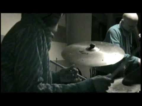 Ron Petrides/Marvin Bugalu Smith Trio playing Freedom Jazz Dance