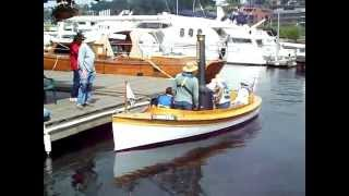 "Steam Launch ""puffin"" At Seattle's Center For Wooden Boats"