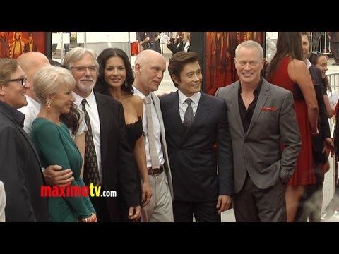 """Bruce Willis, Catherine Zeta-Jones, Helen Mirren, Byung-hun Lee, PSY """"RED 2"""" Premiere Arrivals"""