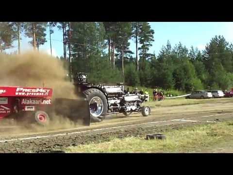 Tractor Pulling Tyrnävä 20.7.2013