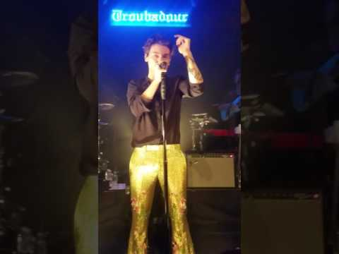 Harry Styles at the Troubadour, May 19, 2017 - Kiwi Second Time