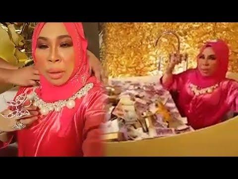 """Datuk Seri Vida slammed for """"bathing"""" in money"""