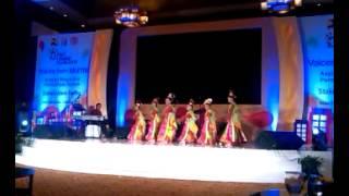 Perform Tarian Banten