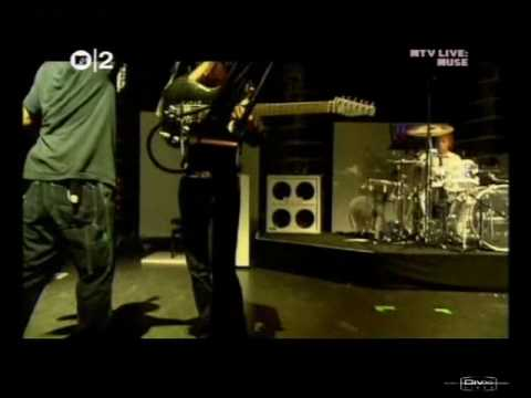 Muse - MTV Knights Of Cydonia