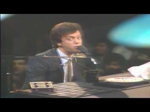 Billy Joel Piano Man Live 1982 (HD)