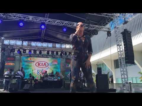 Scarlet Santana performing @calleocho Miami 2019