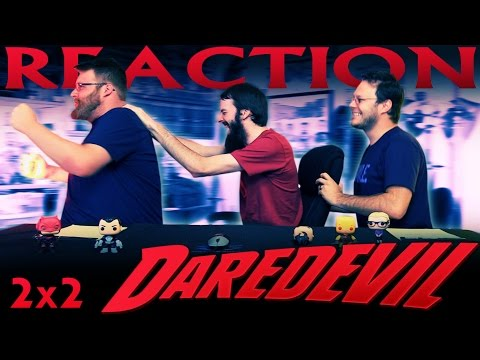 """Daredevil 2x2 REACTION!! """"Dogs to a Gunfight"""""""