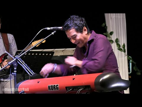 Indra Lesmana Group ft. Tompi - Bujangan @ Mostly Jazz in Bali 07/06/15 [HD]