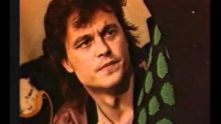 Klaus Kjellerup - Den gyldne middelvej, 1985