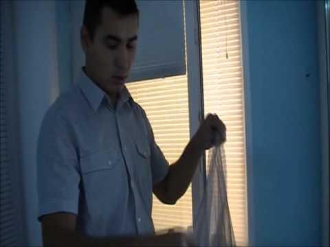 видео: Установка бескаркасной мосткитной сетки на репейной ленте