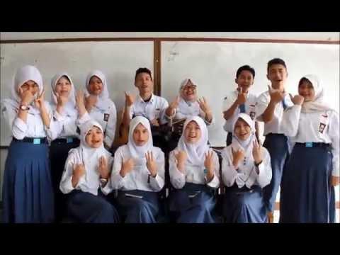 SMAN 6 Bandung - B (Boneka Abdi - Manuk Dadali - Payphone)