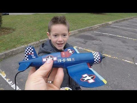 САМОЛЕТ Air force с пультом управления