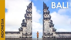 BALI, Indonesia: an active volcano and the most famous temple 😮